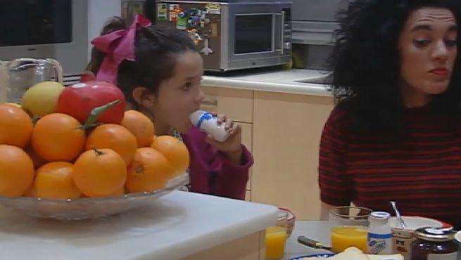 Los españoles gastan de media 127 euros al mes en comida