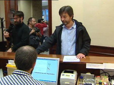 Podemos pide la comparecencia de zoido por las supuestas for Gabinete del ministro del interior